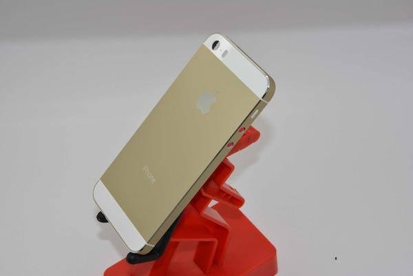 تصاویر با کیفیت از iPhone 5S طلایی منتشر شد