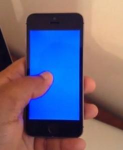 بروز مشکل صفحه آبی در آیفون 5s